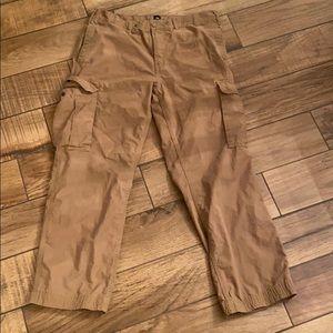 Men's Gap Khaki Cargo Pants